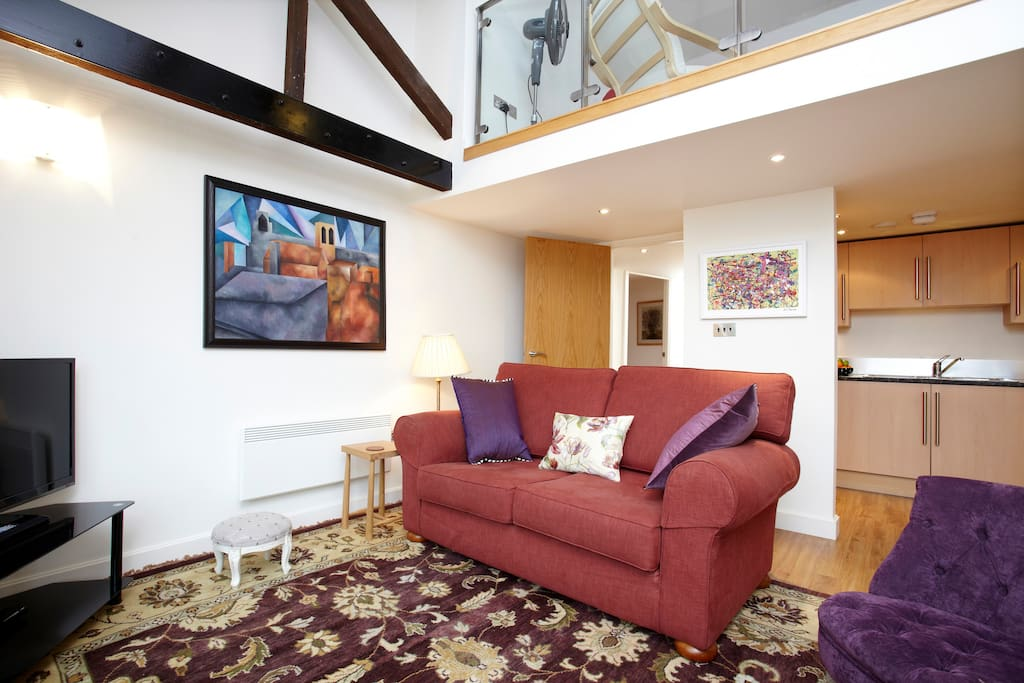 High ceilings and wide windows make it spacious, airy and light
