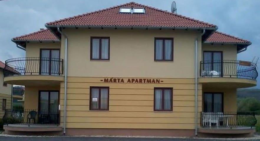 MÁRTA APARTMANHÁZ - EVITA - Kehidakustány - Apartment