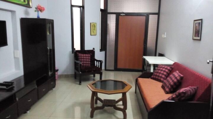 Apartment in LAYLIVILLA