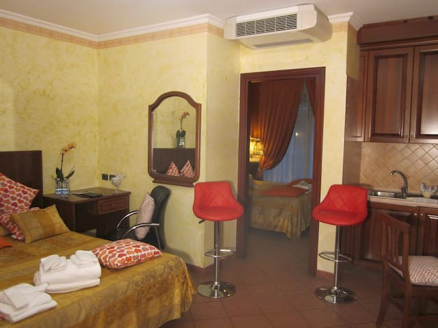 appartament suite  in resort - Isola Sacra - Byt