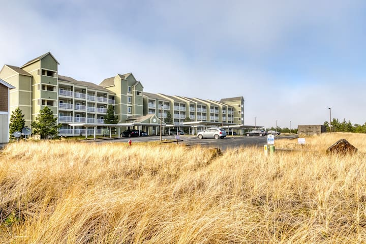 Dog-friendly condo w/ balcony, ocean view - steps from the beach and town!