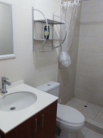 Apartment´s bathroom.