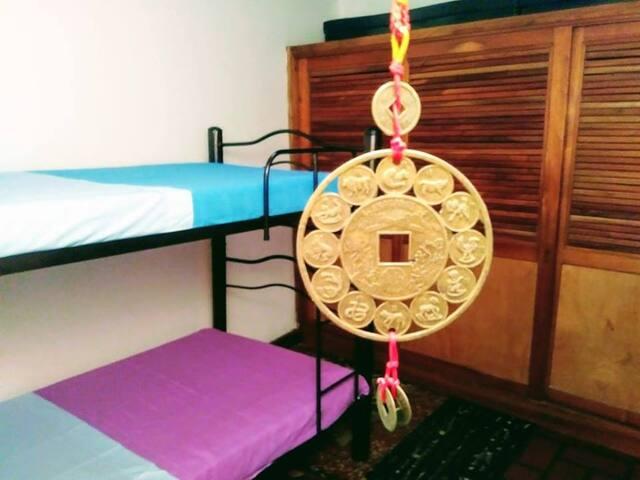 El Fauno/Comoda habitación de camas individuales