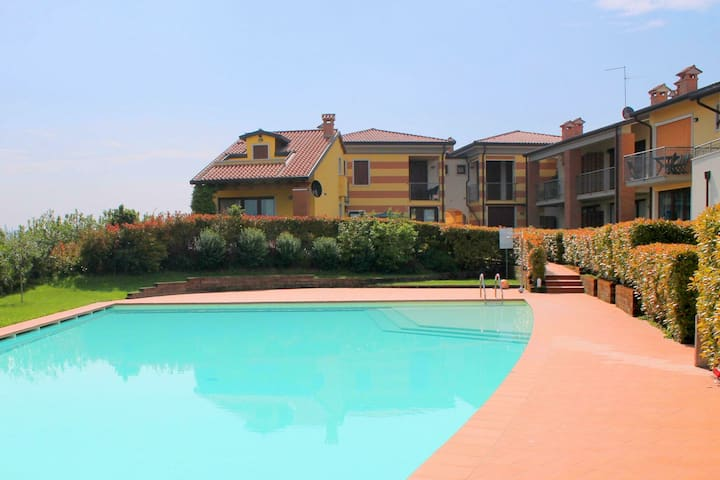 Bright Holiday Home in Lazise Italy with Swimming Pool