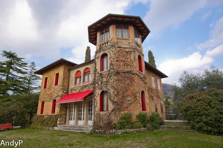 Villa del '900 in Asolo