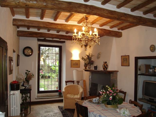 Grazioso Appartamento in borgo - Sugano - Orvieto - Apartemen