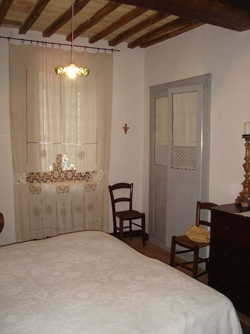Camera matrimoniale con bagno - Double room with bathroom