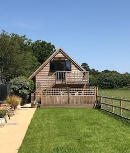 Self-contained one bedroom flat in the countryside
