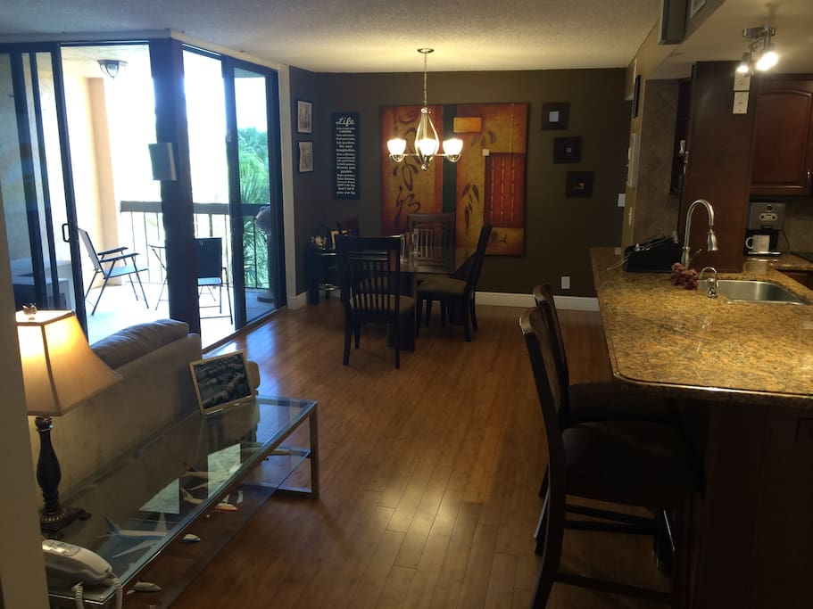 Upgraded 2 2 W Pool Close To Beach Apartments For Rent In Delray Beach Florida United States