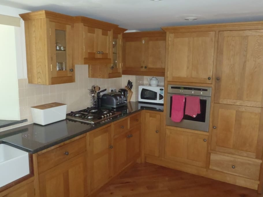 The cherry wood kitchen was hand made by local furniture make George Robinson