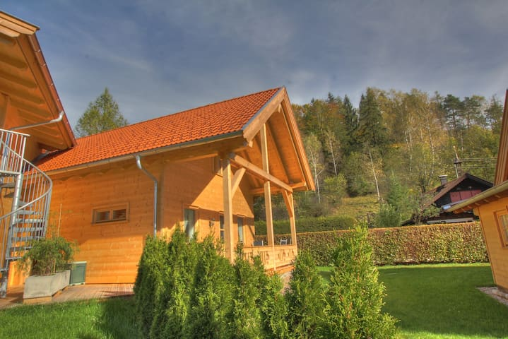Mountain Inn Family Plus Chalet - Walchsee - Hytte