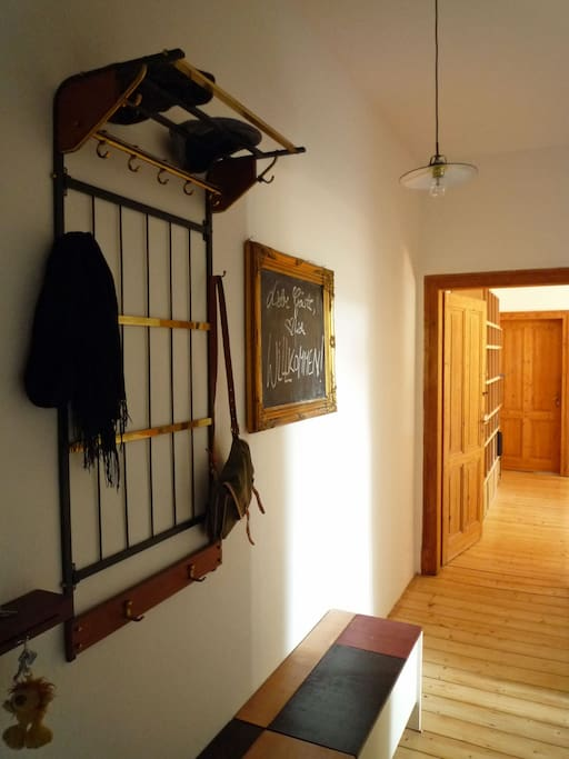 hallway // Flur