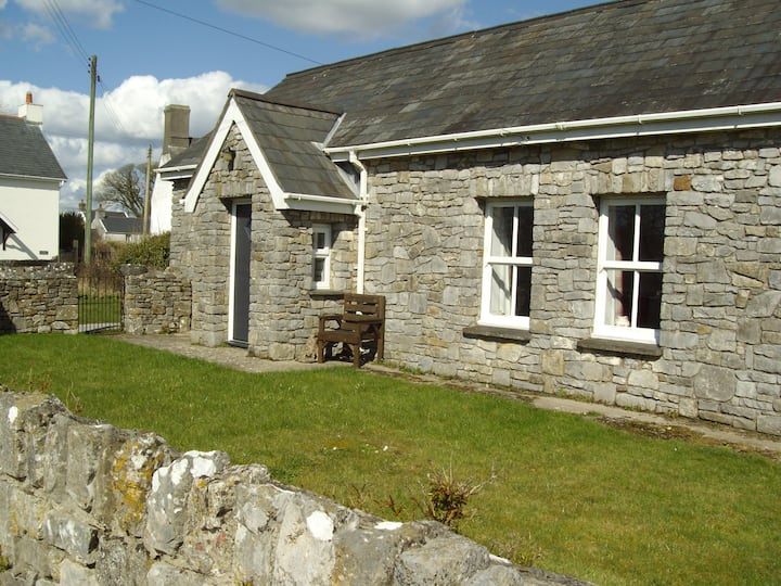 Stable Cottage, Lunnon, Parkmill, Three Cliffs Bay