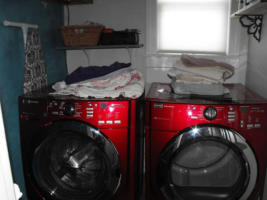 Washer/Dryer is also brand new.