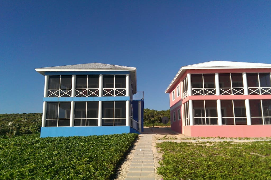 Pink Conch and Blue Lagoon Villa ready!
