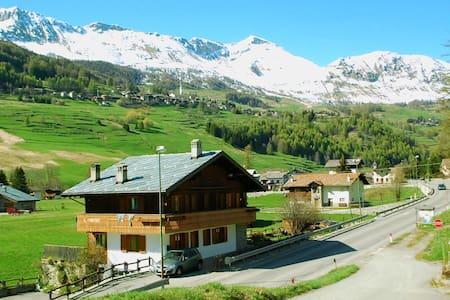 Appto 4 Val d'Ayas (Valle d'Aosta) - Periasc - Apartment
