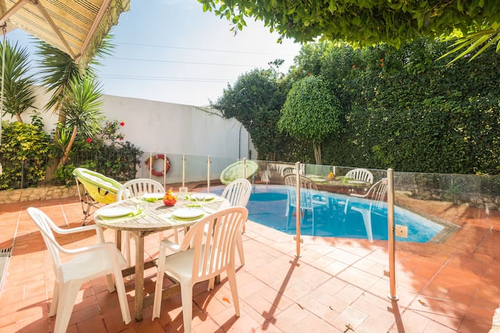 Charming House W/Pool in Cascais