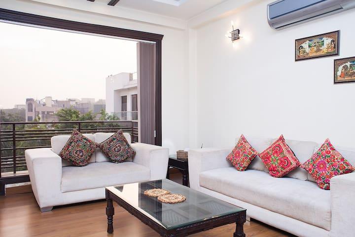 Beautiful 3 Bhk Modern Apartment Redleafapartments