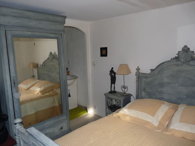 Chambre chez l'habitant sympa - Flayosc
