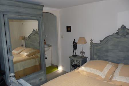 Chambre chez l'habitant sympa - Flayosc - House
