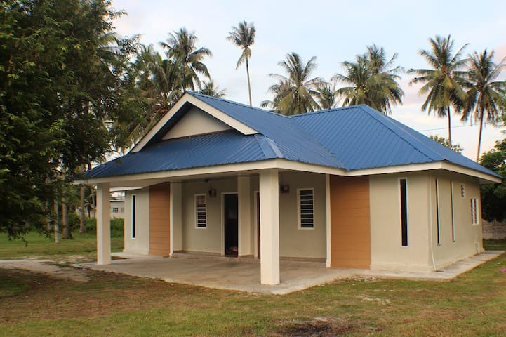Maxim homestay (house 1) дом в малайской деревне