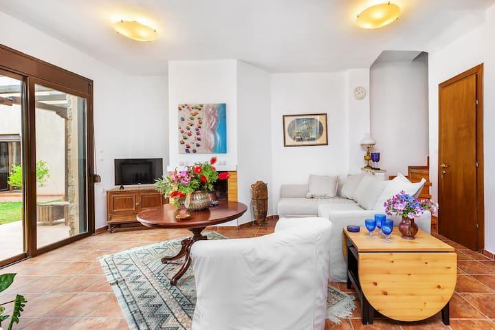 Nikiti Sea Side Villa - Three Bedroom