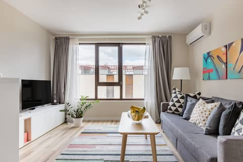 Nordic Style Apartment Next to Tech Park / Private Parking/
