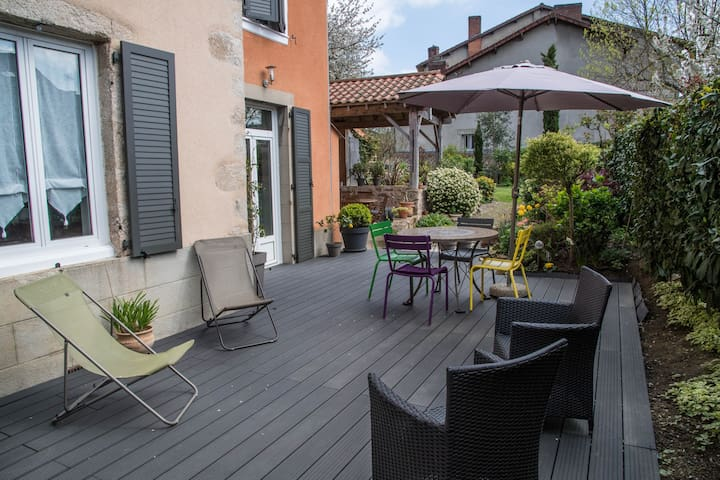 Grd Log Jardin calme  , 75m2, RDC - Saint-Junien - Appartement