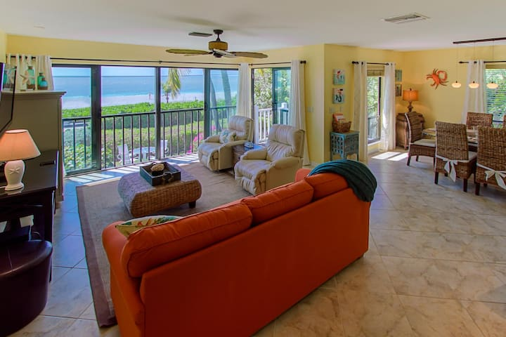 Beach Front Luxury Townhome with Beautiful Views