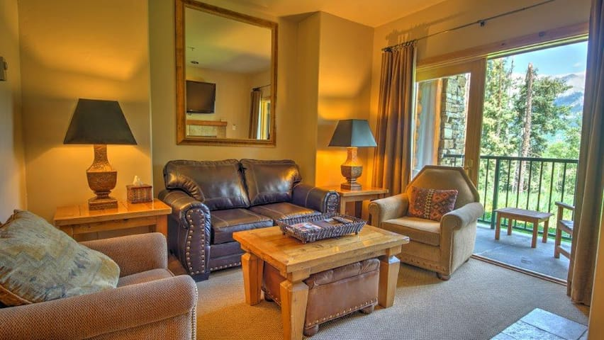 Conveniently Located Mountain Village Condo with Shared Heated Pool and Hot Tubs!