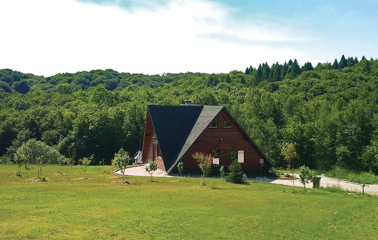 Cottage in nature only 30 min away from Zagreb - Bratina - Huis