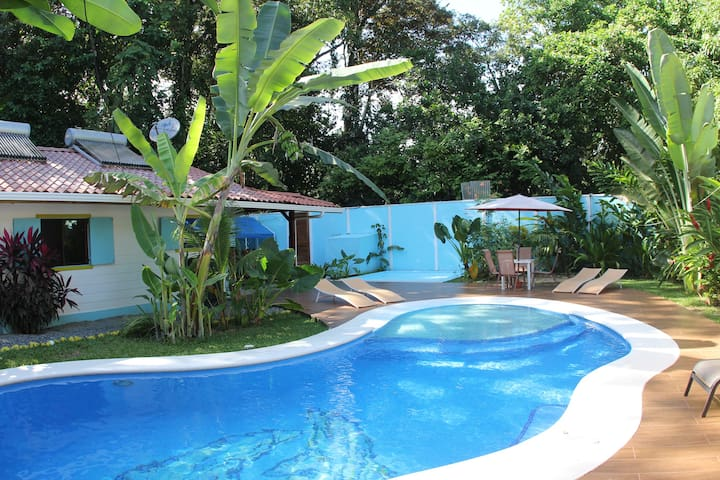 1 bedroom, Pools/Jungle/only 200 meters to Beach! - Puerto Viejo de Talamanca - Apartment