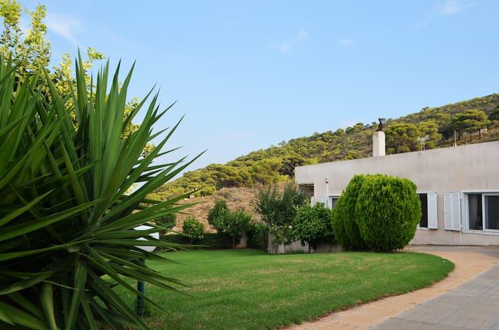 Villa in Agia Marina