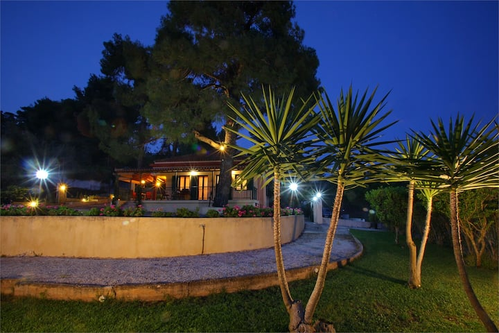Skopelos country house Diamantis & Chrisi