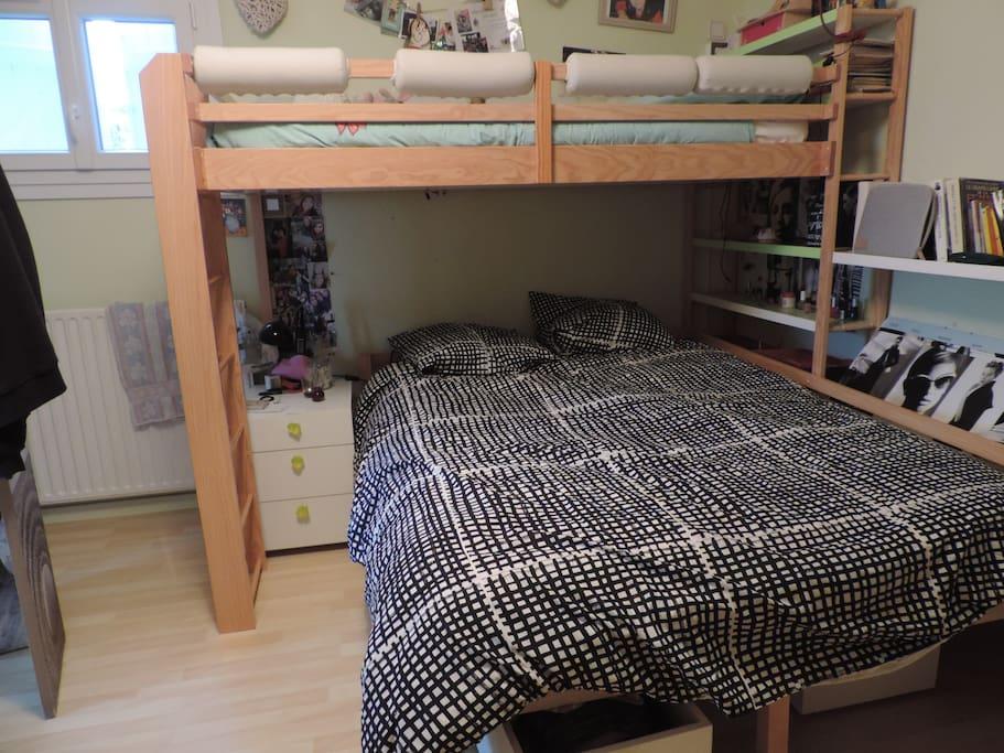chambre 2, possibilité enfant sur le lit superposé