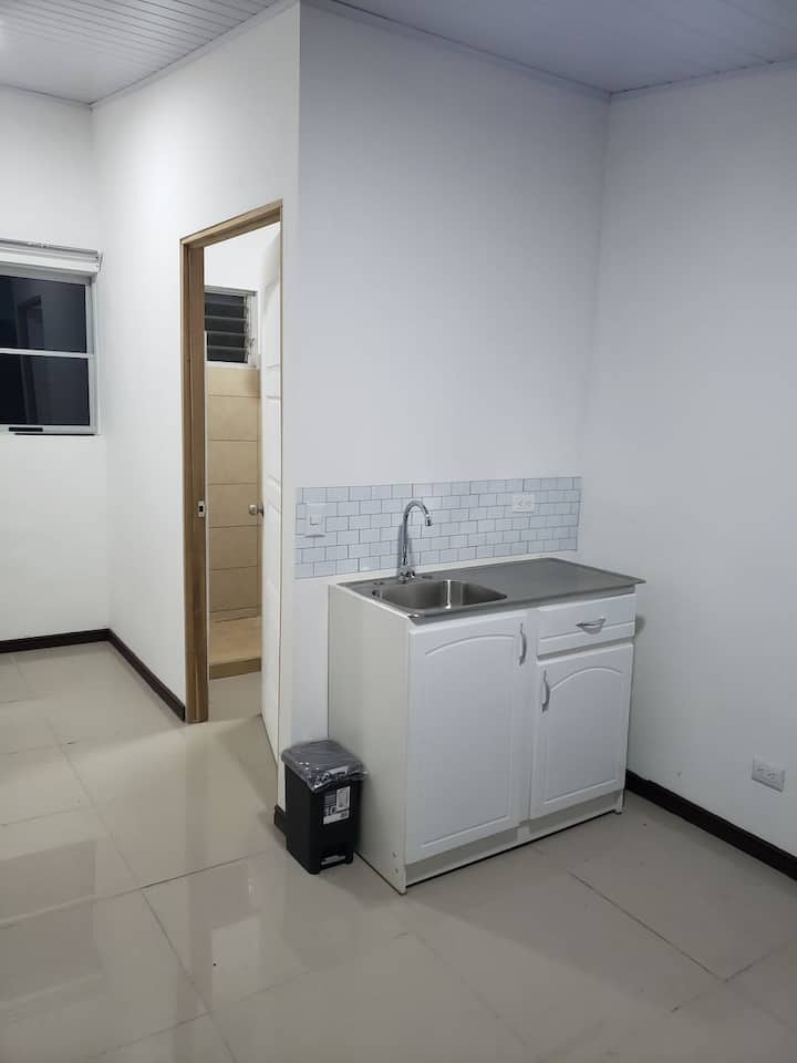 Habitación independiente baño etc