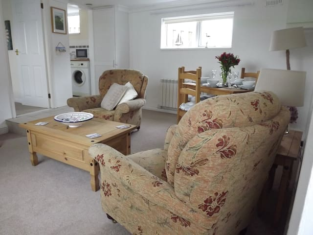 Grangewood Holiday Apartment Cubert Cornwall