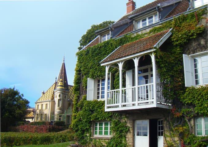 """La Passerelle des Corton """" 1er Cru"""" - Aloxe-Corton"""