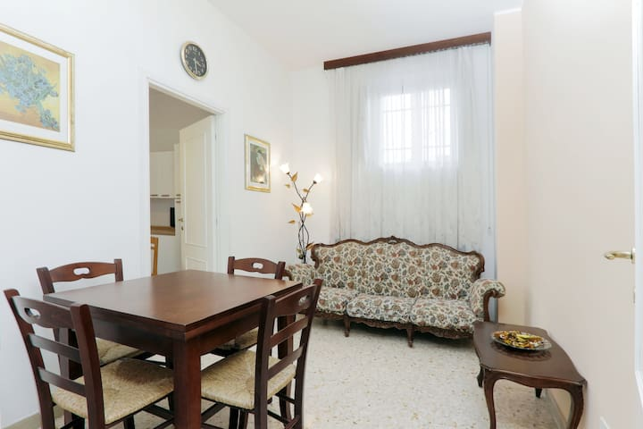 Very close to the Termini railway station! 3914 - Roma - Flat