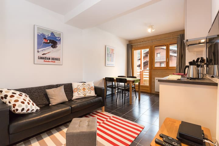 Le Caribou; flat for 4 on the piste - Morzine - Apartment