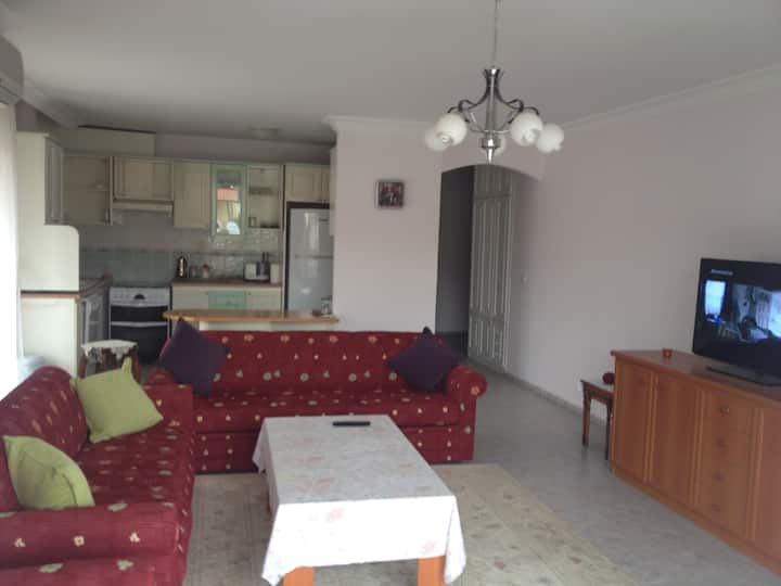 100 qm with 3 bedrooms