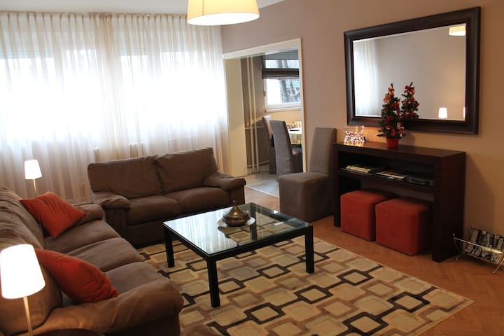 In the heart of the city center... - Beograd - Apartament