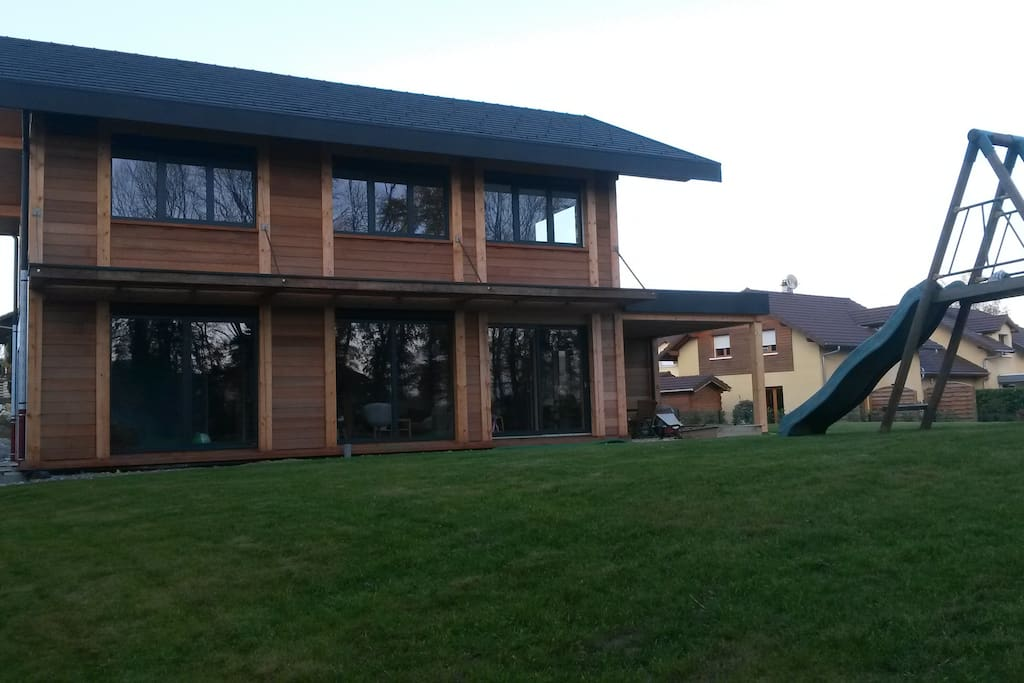 Maison cosy 190m2 proche d 39 annecy maisons louer for Annecy maison a louer