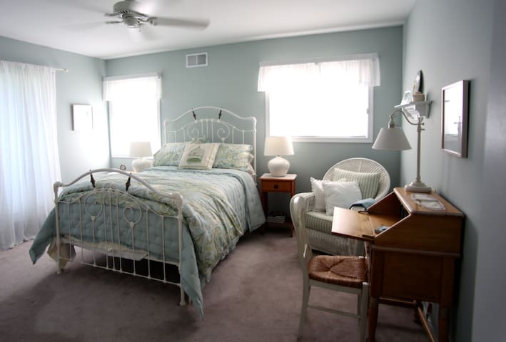 Peaceful, clean B&B in Milford, PA - Milford - Bed & Breakfast