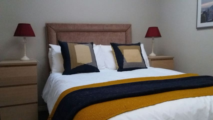 One bedroom apartment in centre of town - Cookstown