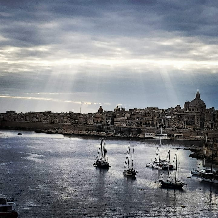 Seaview apartment in sought after sliema