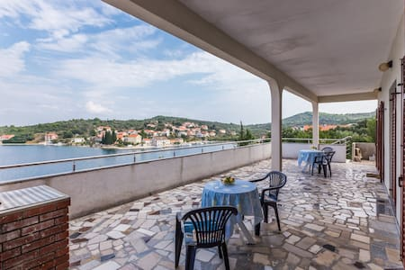 Amazing view from a B&B in Luka - Luka, Dug otok - Bed & Breakfast