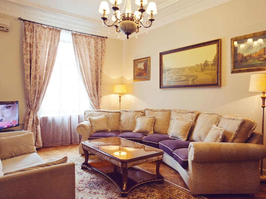 Lux Apartment On Khreshchatyk 8b Apartments For Rent In