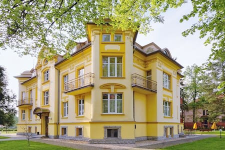 Hotel Bella 'Feel the difference' - Jelenia Góra