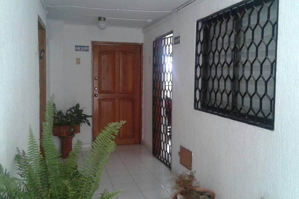 Entrada  al apartamenro
